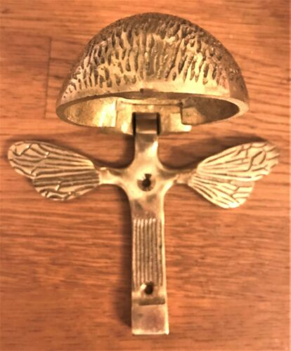 REPRODUCTION ANTIQUE STYLE KNOCK SOLID BRASS BUMBLE BEE DOOR KNOCKER COUNTRY