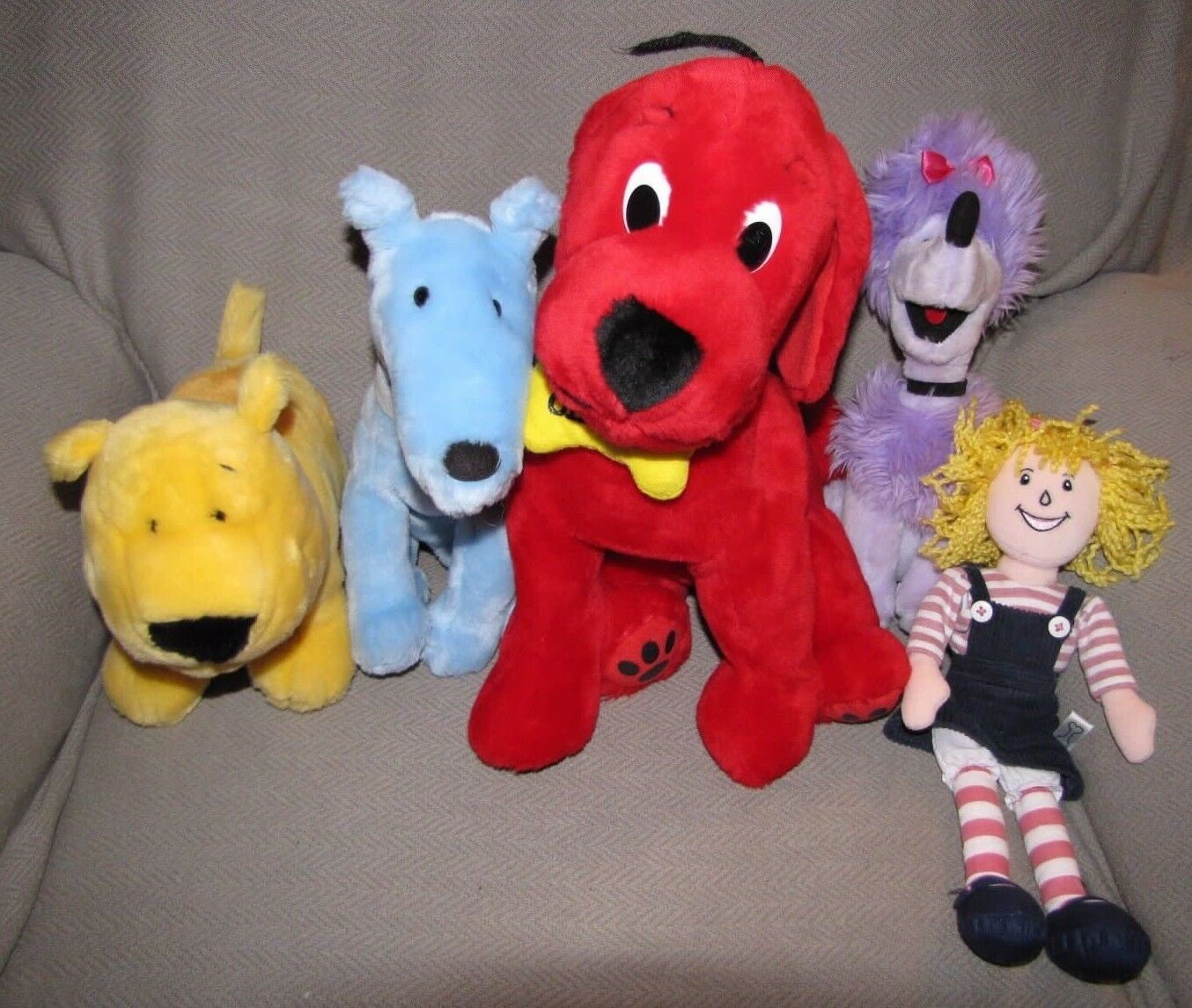 Kohls Cares Plush Lot 5 Clifford T Bone Cleo Mac Emily Kids Book Stuffed Animals