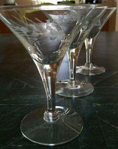 (6) Vintage Flared Champagne Glasses Tall Sherbets V-shaped Gray Cut Wheat EUC