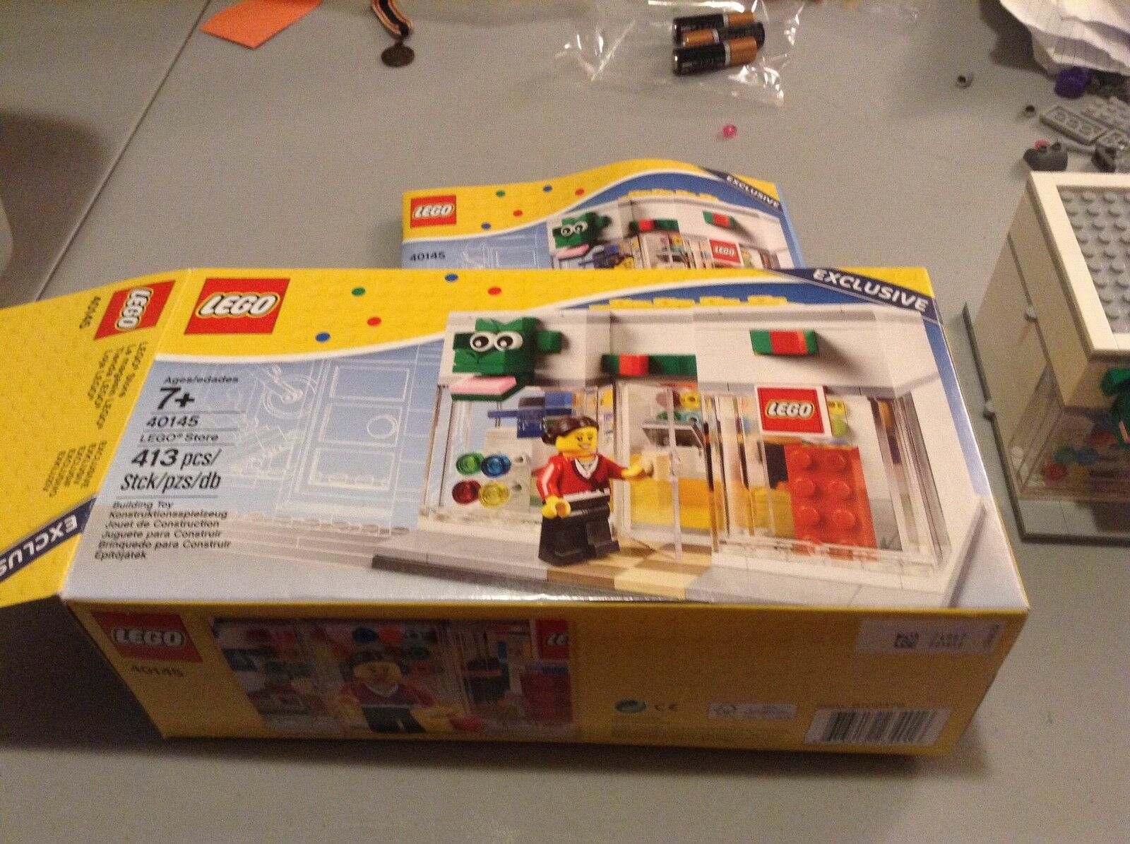 Lego Grand Opening Brand Retail Store Store Built Set 100% complete