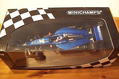 1/18 Prost Peugeot Ap02 Jarno Trulli 1999-mostra Il Titolo Originale Grandi Varietà