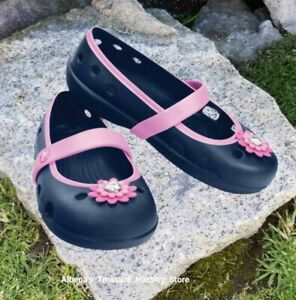 4d1cdee45 Image is loading NWT-CROCS-Keeley-Springtime-Petal-Charm-Navy-Carnation-