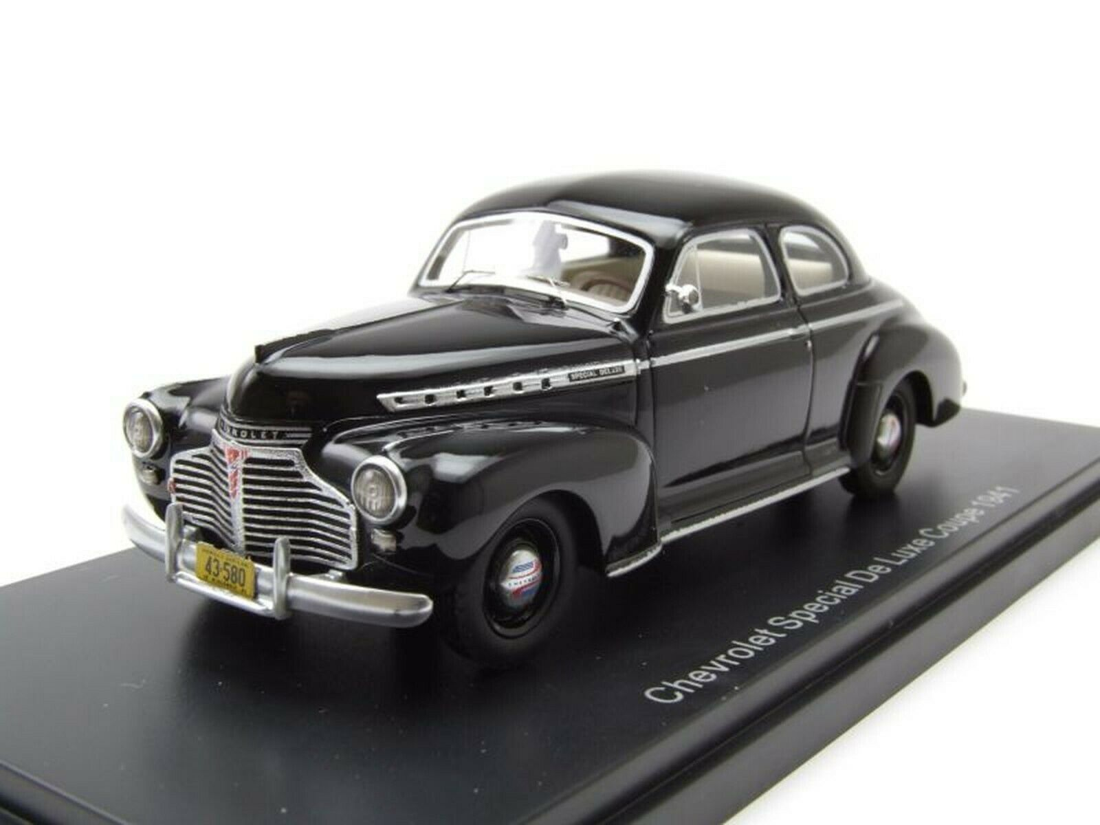 NEO 1 43 CHEVROLET SPECIAL De Luxe Coupe, negro