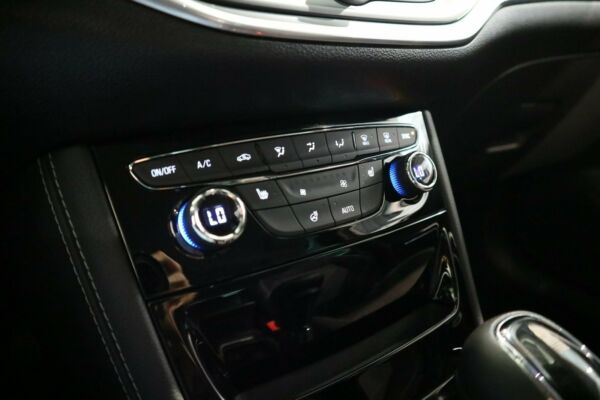 Opel Astra 1,4 T 150 Innovation ST aut. billede 10