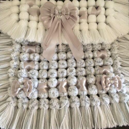 Stunning Luxury Grey /& White Baby Pom Pom Blanket For Prams And Car Seats