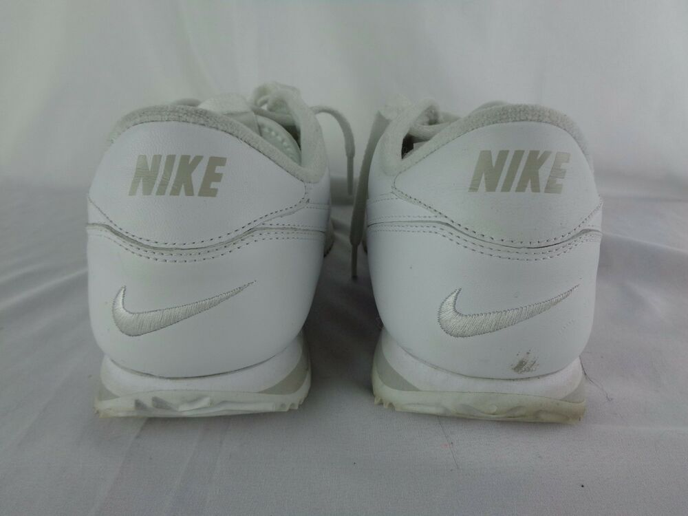 9 Femme Leather Taille 2007 Chaussures Us Nike Blanc zx7X8X