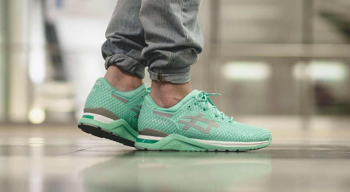 brand new ASICS GEL LYTE EVO TRAINERS Taille 8.5 / 10 / 10.5