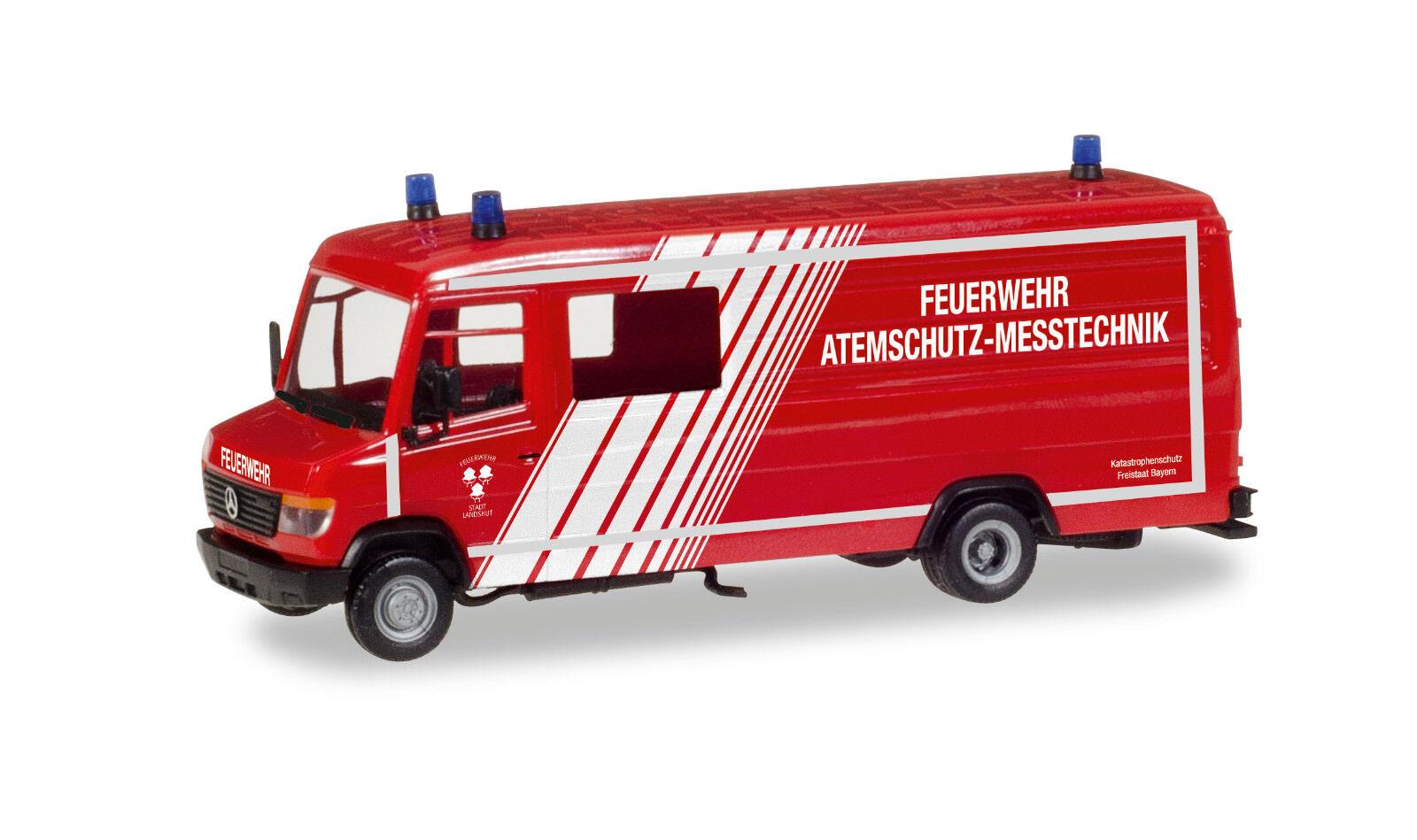 Herpa 093545 MERCEDES BENZ VARIO Long GW   Fire Brigade Respiratory Technology