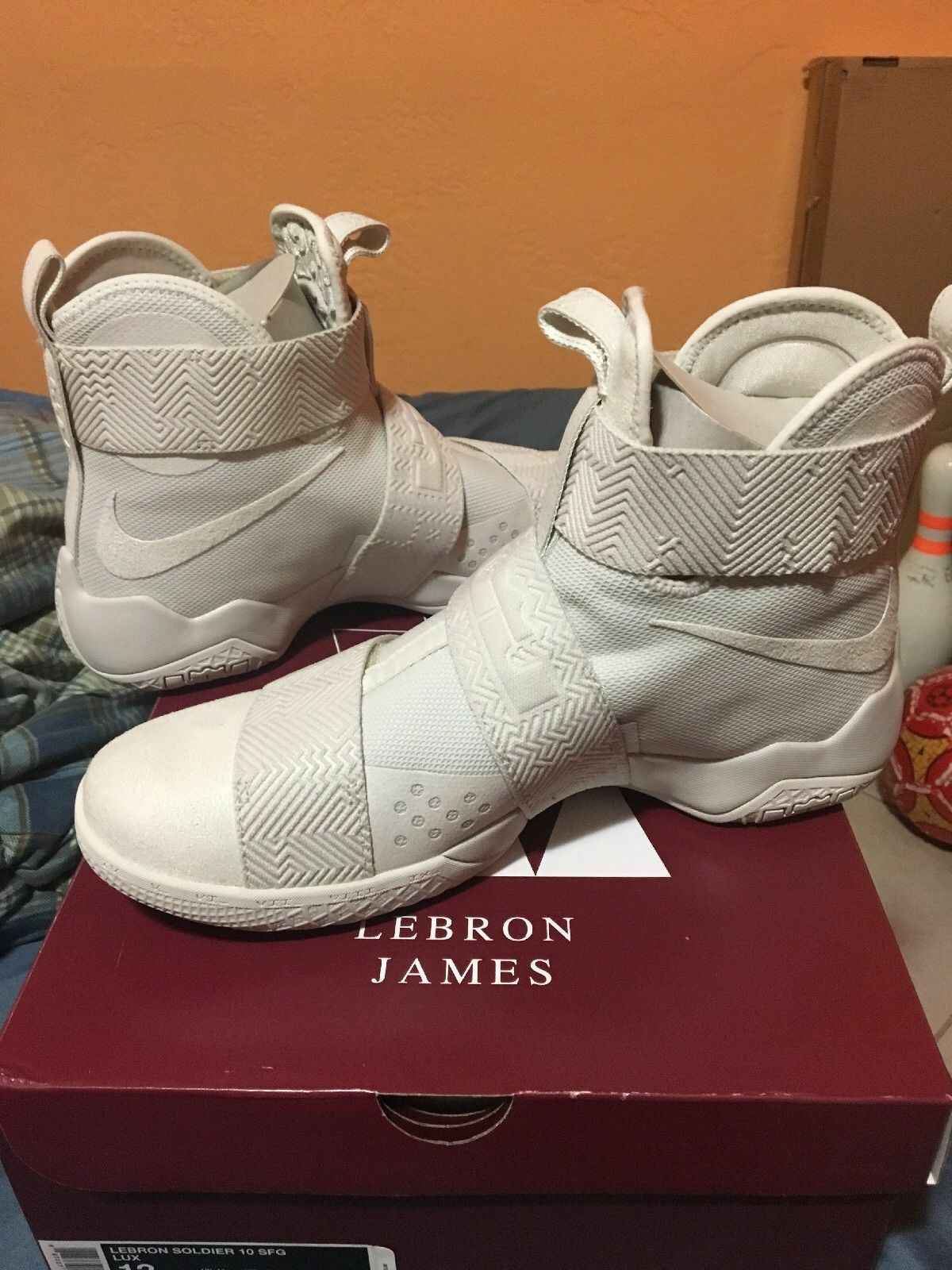 NIKE SHOES LEBRON SOLDIER 10 SFG LUX BASKETBALL SHOES NIKE NEW MEN'S SIZE 11 d2f21e