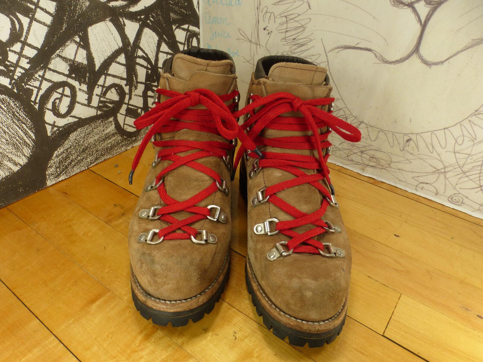 Vasque Mountaineering, Hiking Boots 8C, 14424