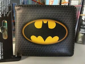 Batman-Logo-DC-Comics-Bi-Fold-Wallet-Official-Product-by-Abysse