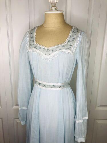 1970s Pale Blue Gunne Sax Dress Vintage