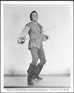 Louis-Hayward-Original-1950-Photo-Fortunes-of-Captain-Blood-Swashbuckler