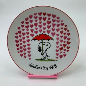 Vintage-Snoopy-Valentines-Day-1978-Peanuts-by-Schmid-Decorative-Plate-7-5-034