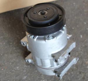 2011-2012 HYUNDAI SONATA 2.4L Air Conditioning A//C AC Compressor OEM 11 12
