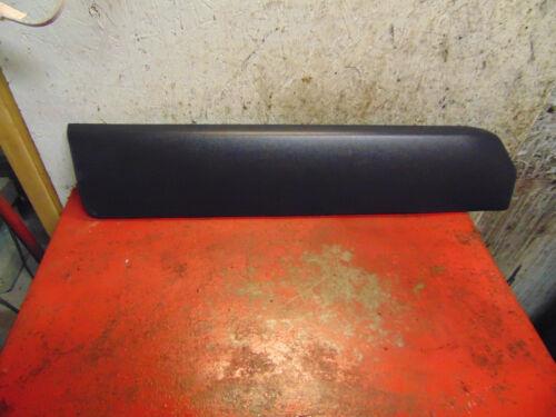 05 06 02 03 04 01 volvo v70xc v70 xc right rear lower door impact molding trim
