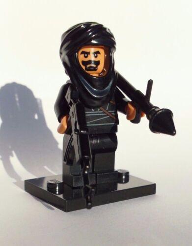 NEW CUSTOM LEGO BATMAN WEAPONS SOLDIER BAD GUY W// TAN HEAD /& HANDS TERRORIST