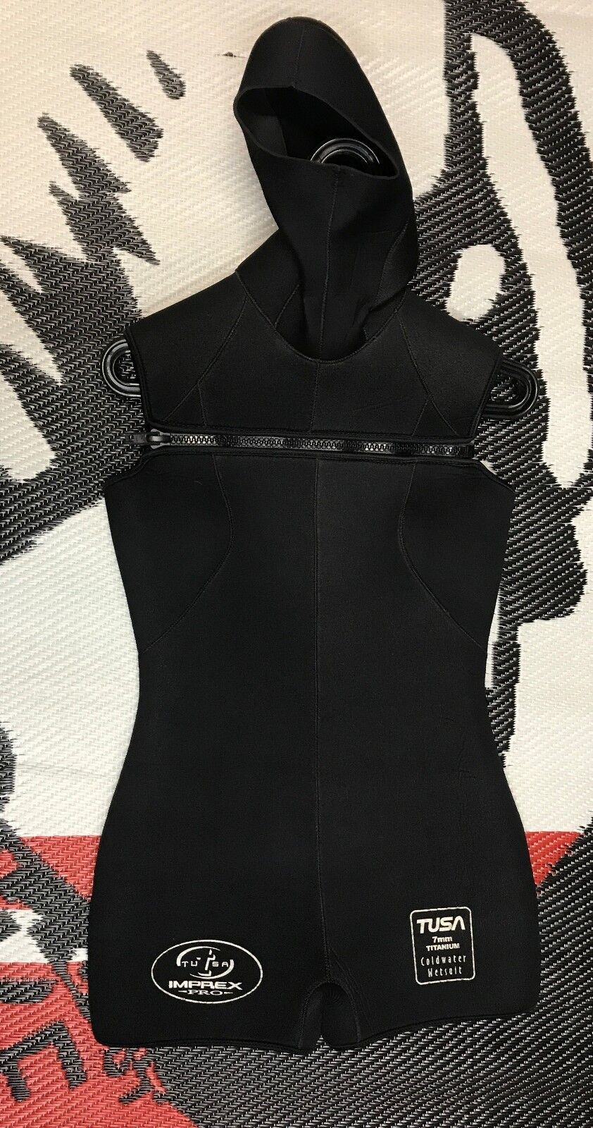 USED Women's Tusa  7mm Hooded Shorty Titanium Wetsuit  hottest new styles