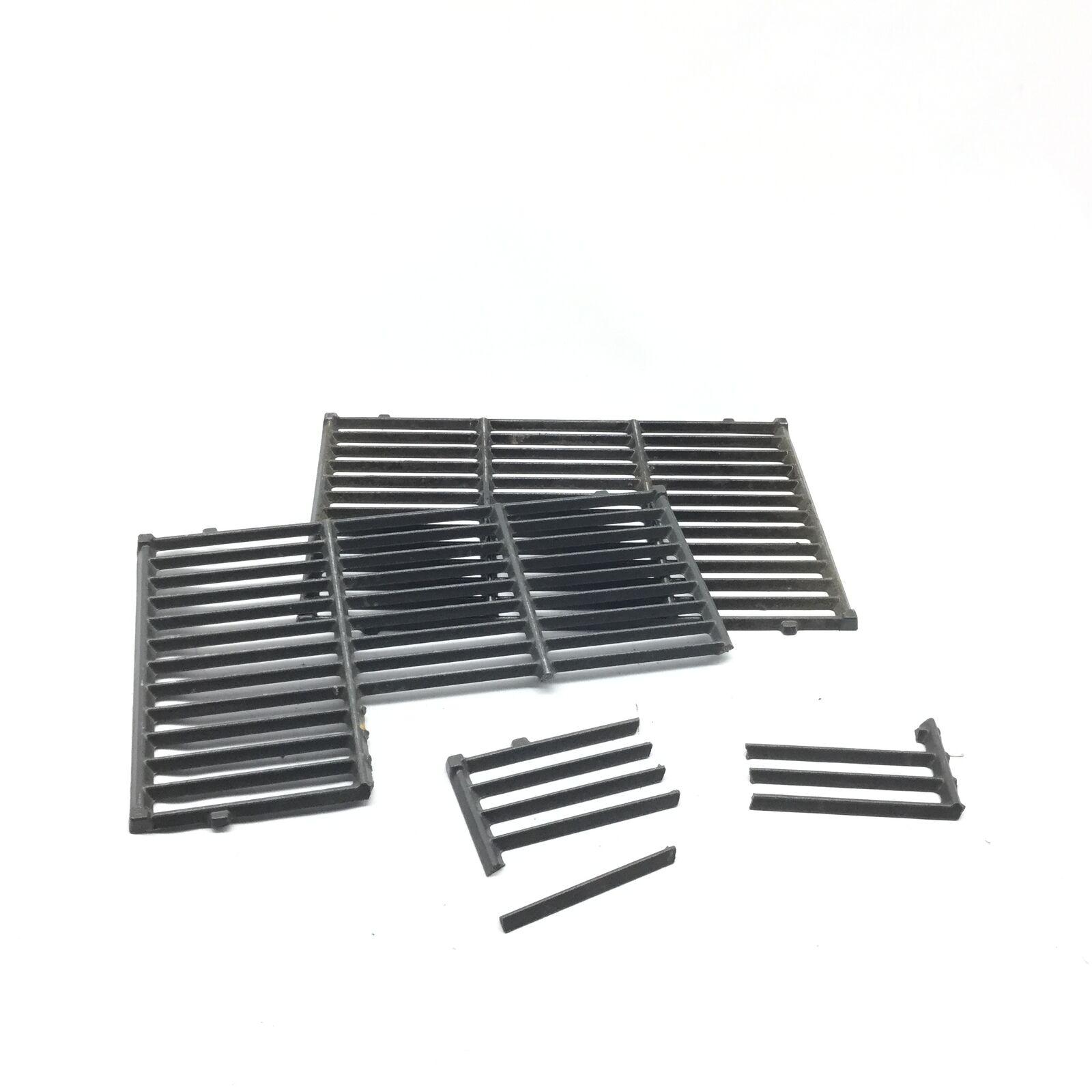 Weber 7598 Porcelain-Enameled Cast Iron Griddle for Spirit 300 Series