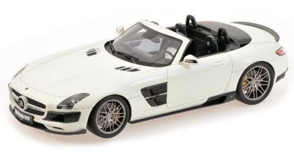 Peter 700 Biturbo Roadster (Pearl White) 2013
