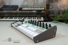 Handgefertigte Holz Ständer /-Seitenteile für Arturia Beatstep Pro Stand low MDF