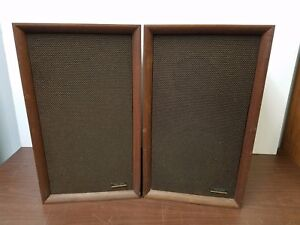 Vintage-Realistic-Solo-3A-Bookshelf-Stereo-Speakers-Pair-For-Repair