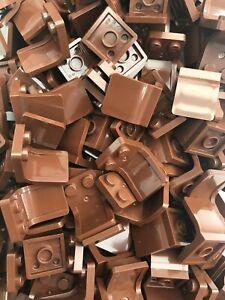 Lego-10-x-Sitze-Stuehle-4079b-rotbraune-Bundle-Restposten-Minifigur-Utensil