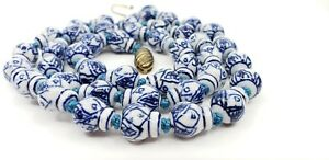 Vintage-Chinese-Blue-amp-White-Porcelain-Ming-Dynasty-style-Pattern-Beads-Necklace