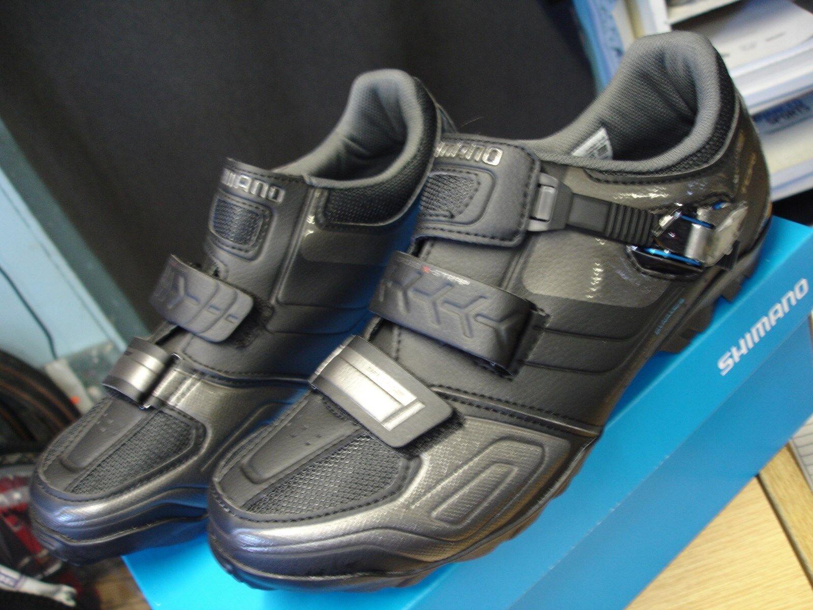 Cycling shoes Shimano Mens size 42 SH-M089L