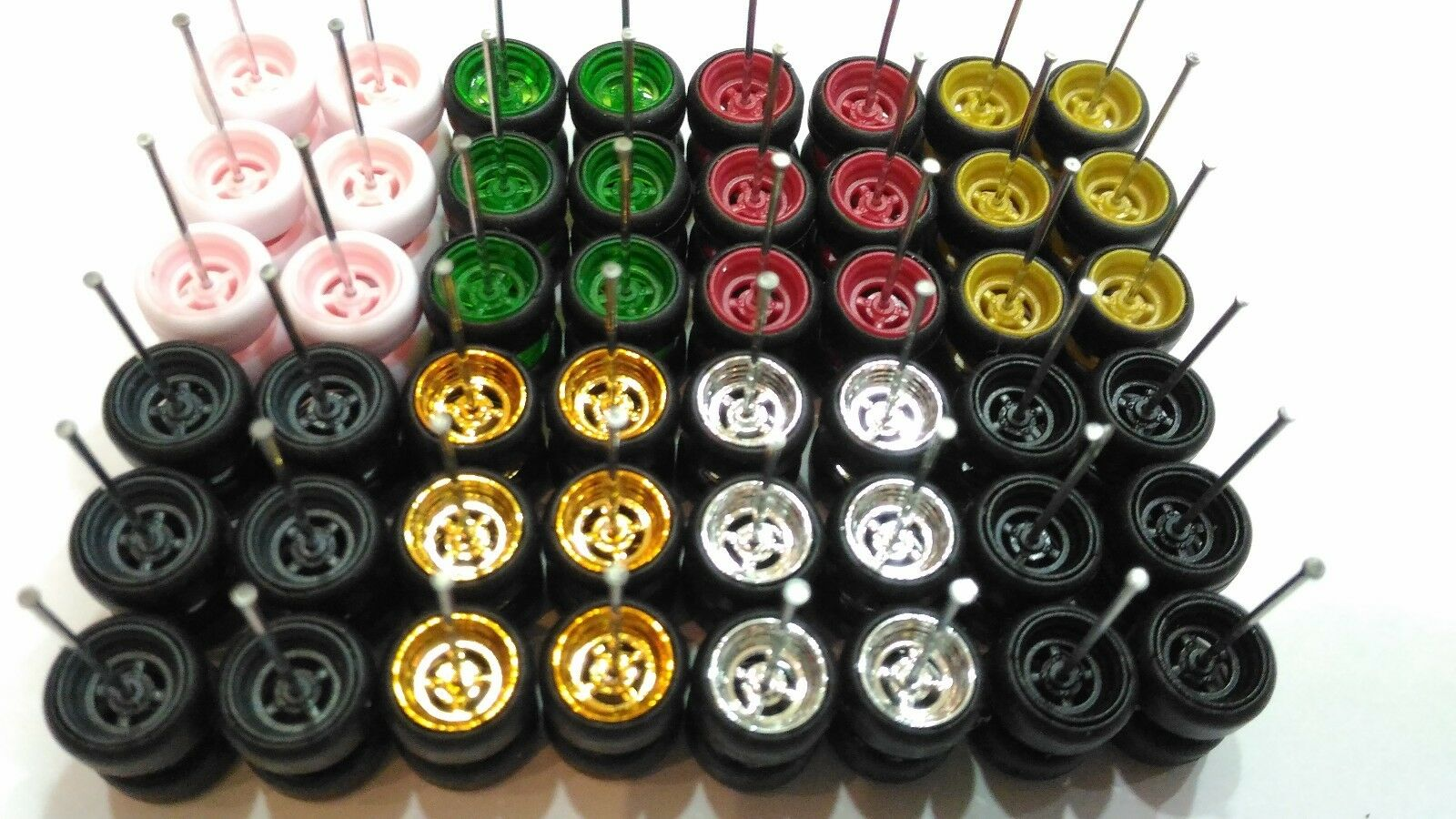 Hot Wheels 4 Spoke Donuts Long Axle Rubber Tire Mix 8 Colorees 24 sets for JDM