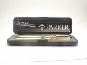 Lovely-Boxed-Parker-Arrow-Ballpoint-Pen-amp-Pencil-Set-amp-spare-refill-WL13