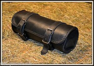 Charmant Sacoche De Fourche / Rool Bag à Outils Cuir Souple Simple Pour Moto Custom Trike Clair Et Distinctif