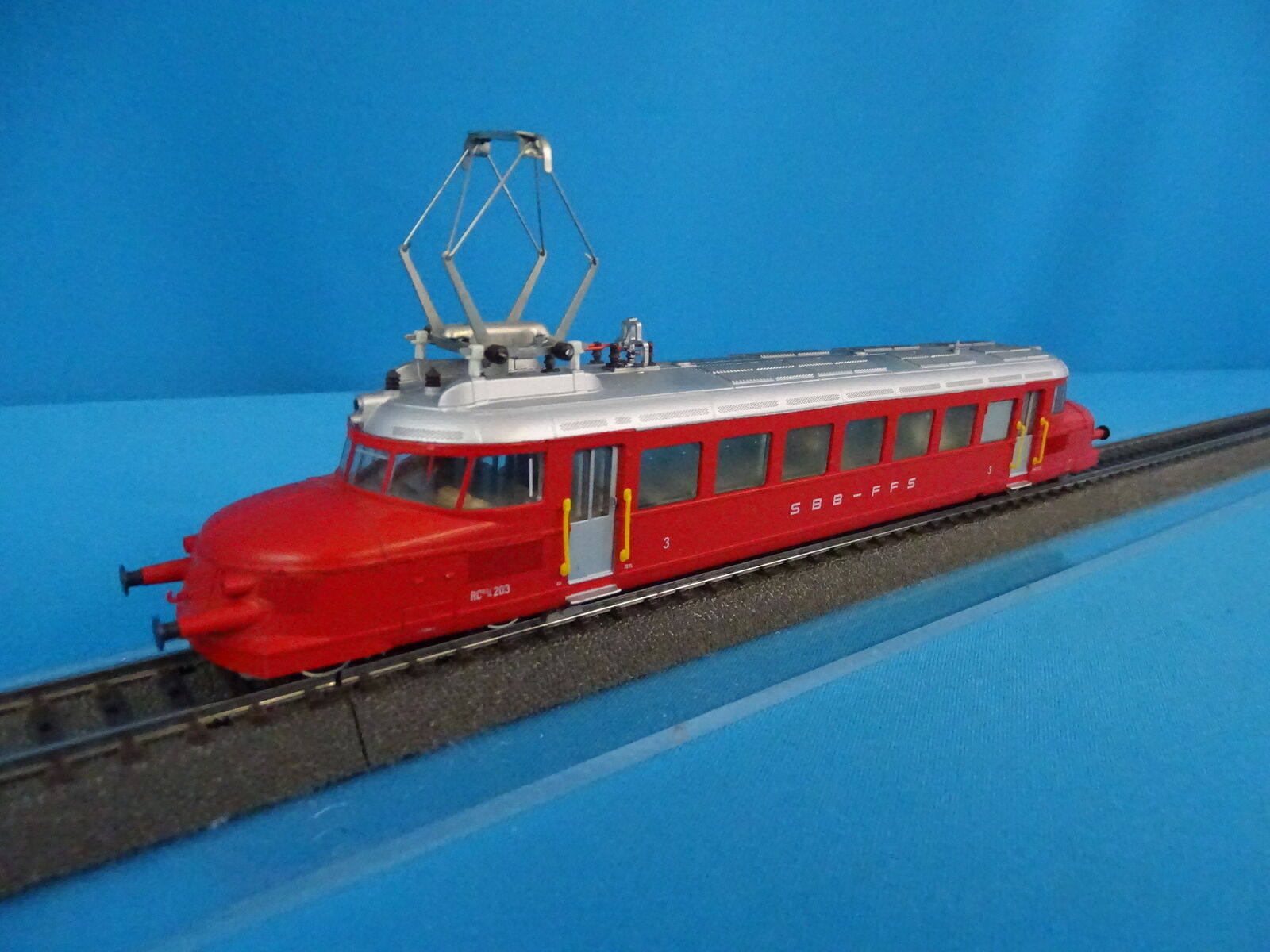 Marklin 3 SBB CFF Train Car ROTER PFEIL Rojo Arrow version 1 slow gear