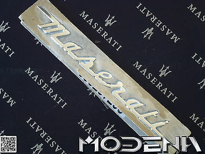 Maserati Emblem Slogan Scritta Écriture Design Giugiaro 4200 Coupe Spider