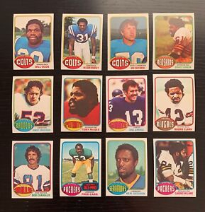 Lot of 12 1976 Topps Football Cards w/ Fred Carr+ - Nice Condition
