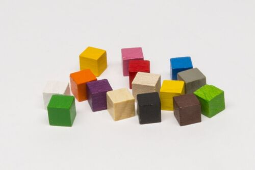 Pack of 10x 8mm wooden cubes