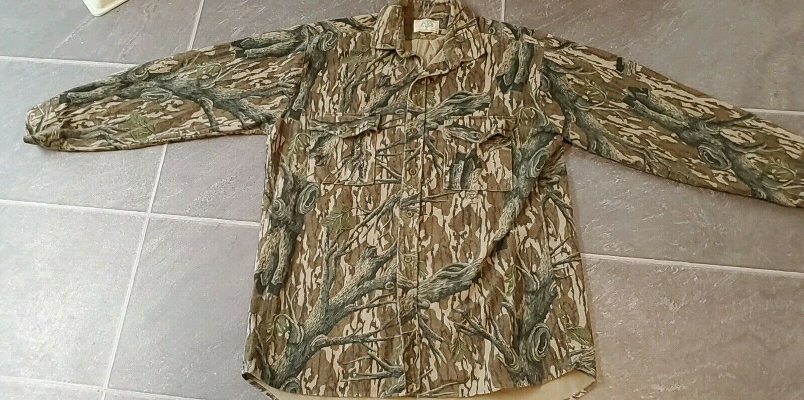 VTG MOSSY OAK CAMO SHIRT COTTON CHAMOIS MADE  IN USA  famous brand