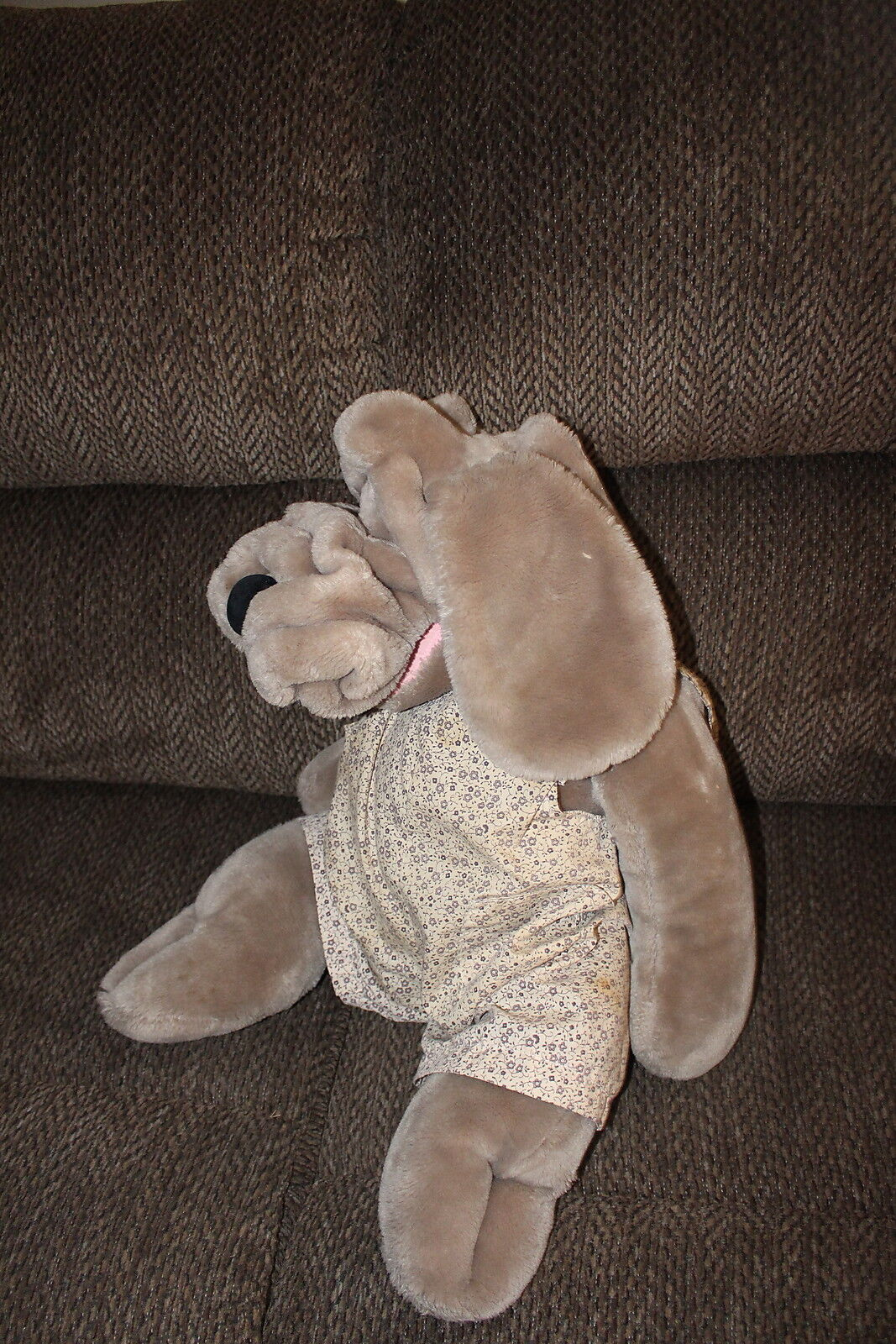 Wrinkles Ganz Bros. Large Stuffed Dog with clothes 29    long Hand Puppet Korea c1eae4