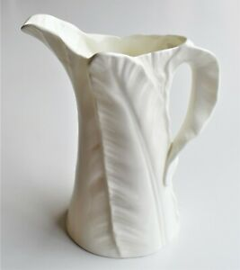 Vintage-Royal-Worcester-Banana-Leaf-White-Porcelain-Creamer-Sauce-Jug-6-034-tall