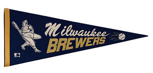 Vtg-early-1970-s-Milwaukee-Brewers-Beer-BARRELMAN-Felt-Baseball-Pennant