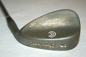 Cleveland-Tour-Action-REG-588-56-degree-wedge-with-Dynamic-Gold-S300-shaft