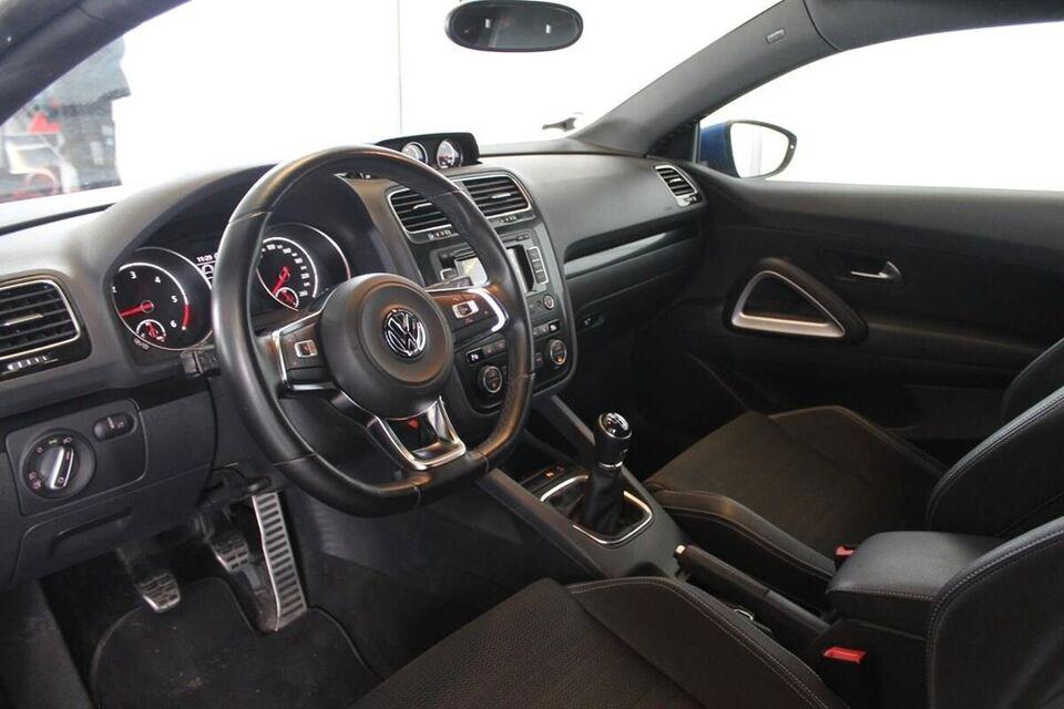 VW Scirocco 2,0 TDi 150 BMT Diesel modelår 2015 km 37000 Blå