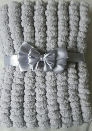 SILVER GREY HAND KNITTED  MARSHMALLOW POMPOM BABY BLANKET CHOICE OF 3 SIZES
