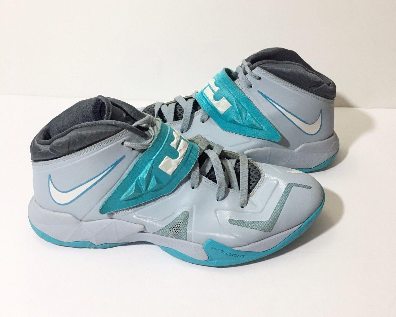 best website 37f96 77a87 Nike 13 Lebron Lebron Lebron Zoom Soldier Sneaker 7 VII 2013 Light Armory  Blue 599264-402  130 e798ea