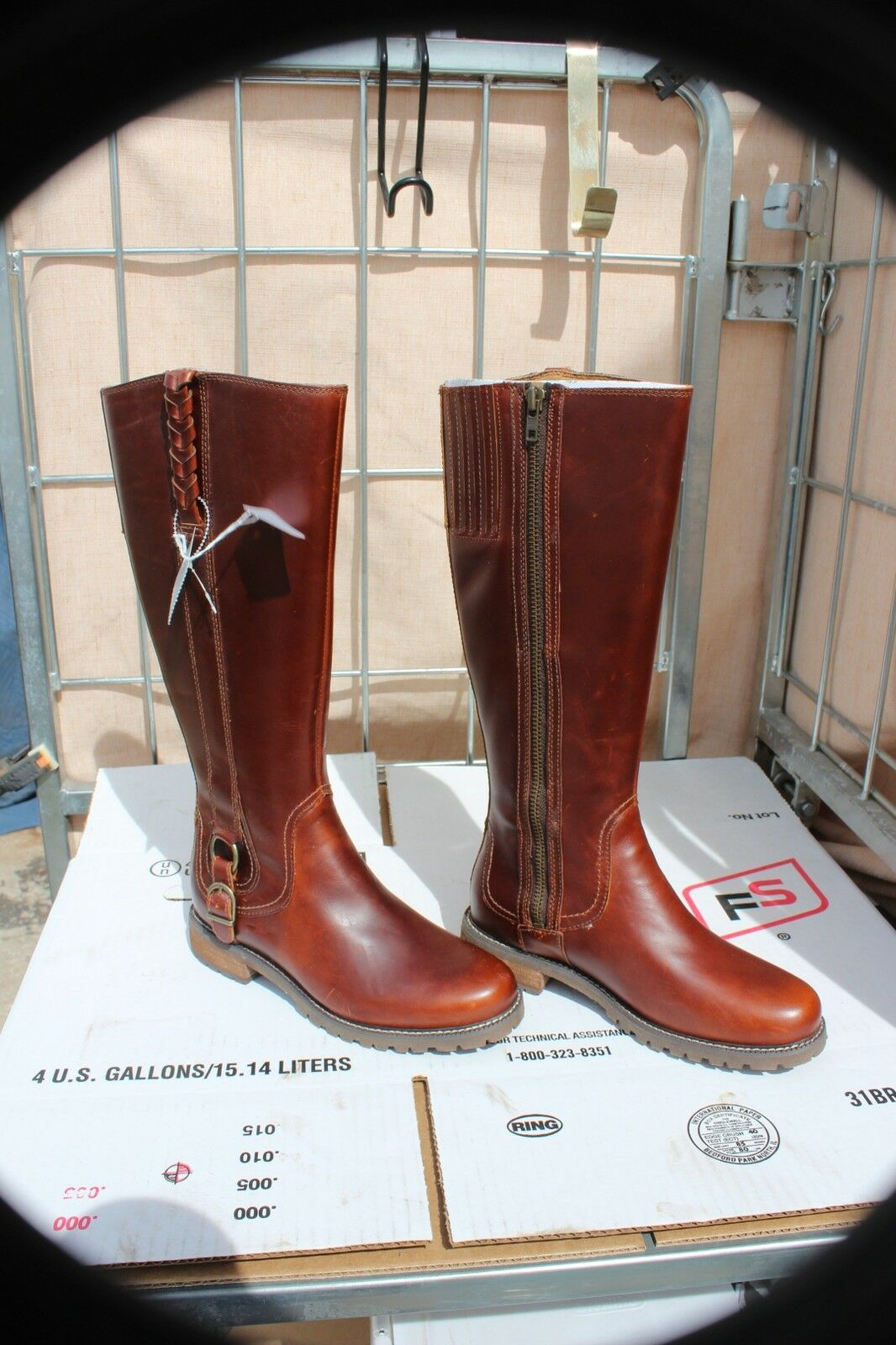 26-17 New Womens zipper Ariat Boots 61 2 B  water resist beautiful color was 260