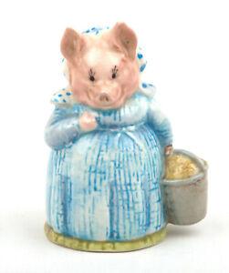 Beswick-Beatrix-Potter-Figurine-Aunt-Pettitoes-BP-3a