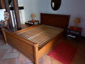 cadre de lit en bois avec sommier latte