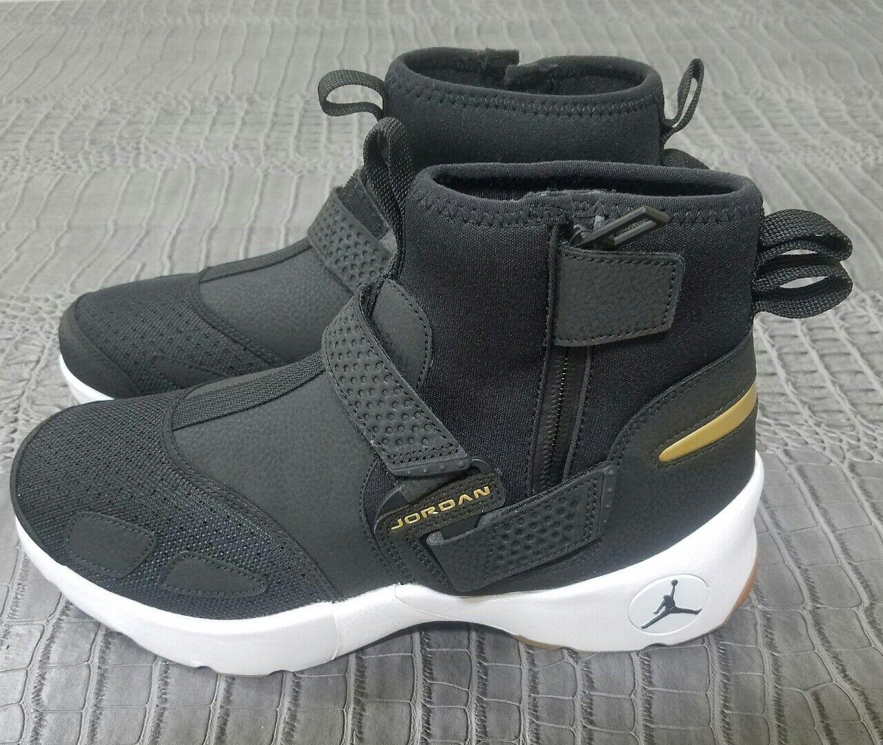 cheap for discount a351f 86d4e Nike Air Jordan High Black White Gold Gum Sole Sole Sole MENS NEW Size 9  Trunner