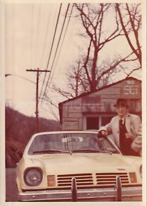 CAR-GUY-Man-FOUND-PHOTOGRAPH-Color-FREE-SHIPPING-Original-Snapshot-VINTAGE-82-4