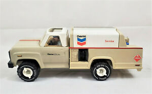Vintage-1970-s-Tonka-Chevron-Tanker-Pressed-Steel-Truck-with-Driver-and-Barrels